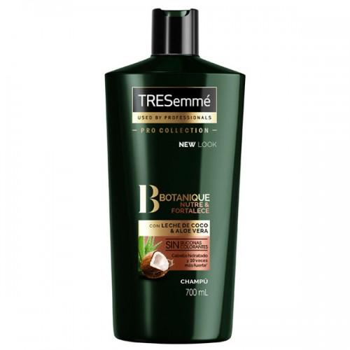 Tresemme Botanique Nourish and Replenish Shampoo with coconut 700 ml