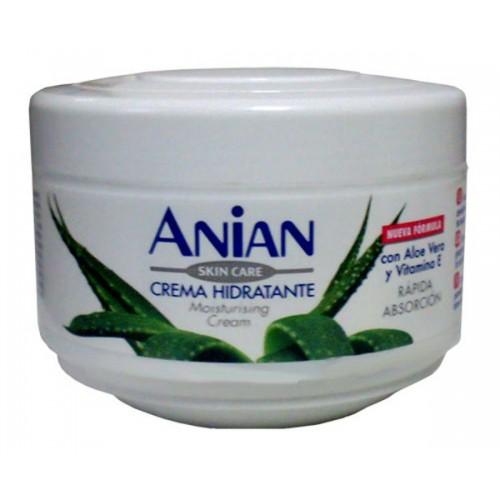 Moisturizing Cream with Aloe Vera